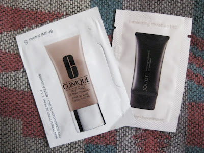 Clinique Stay-Matte Oil-Free Make Up and Jouer Luminizing Moisture Tint  review