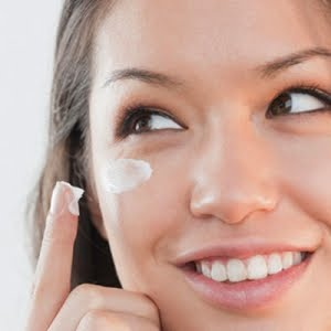 Creams_to_Reduce_Dark_Eye_Circles